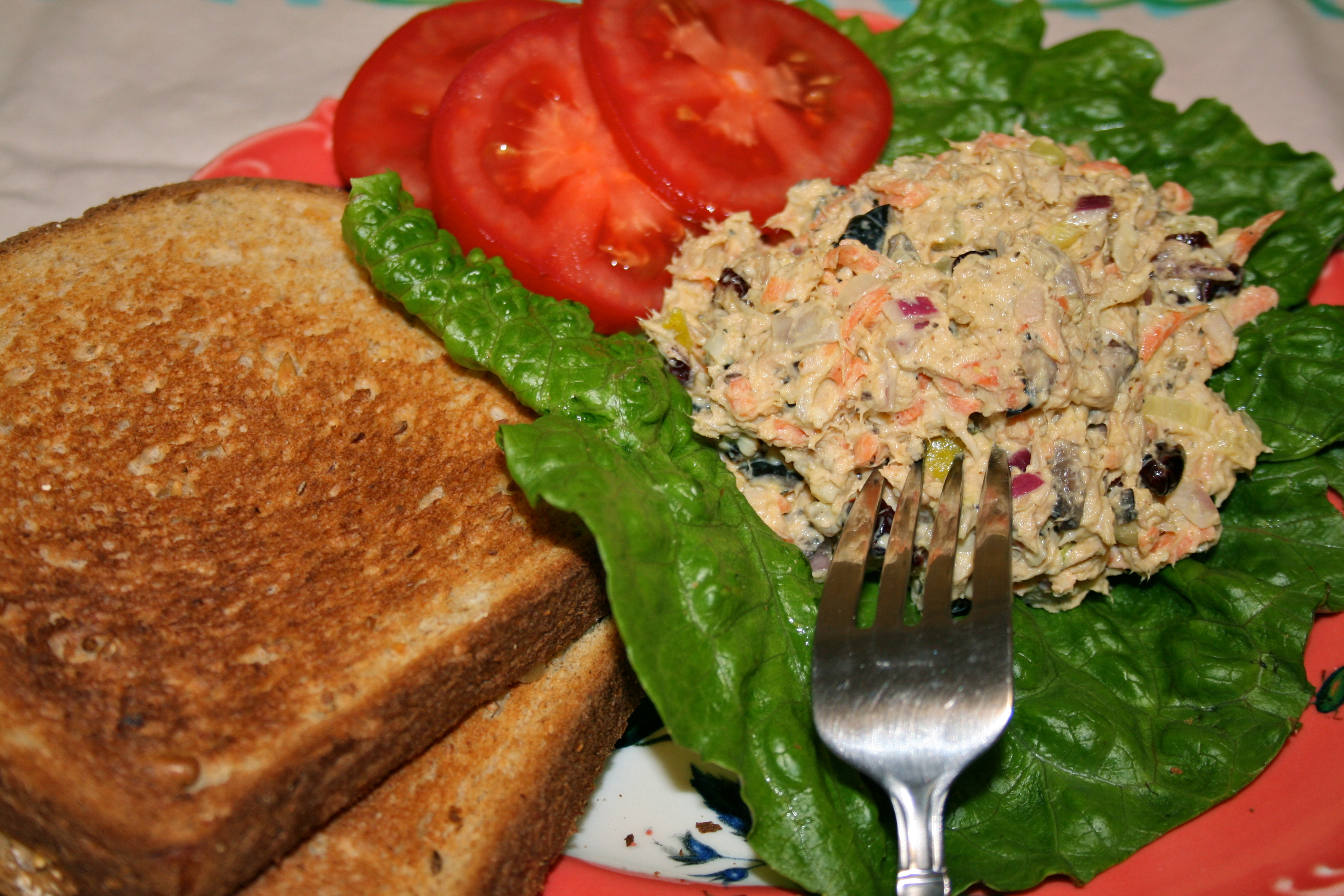 Salad Series: Terrific Tuna Salad with Nice Nutty Bread! -