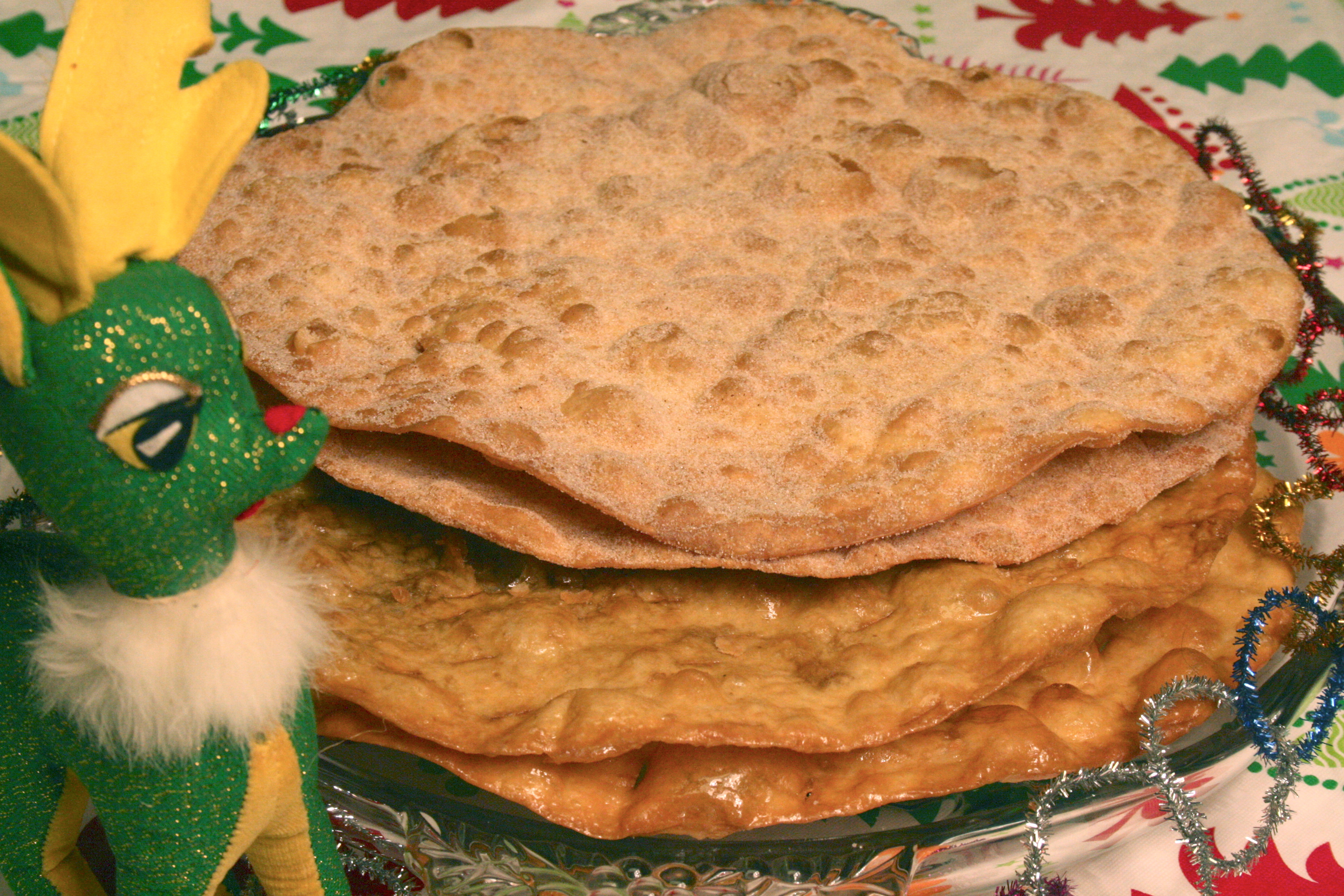 mexican buñuelos are a crunchy crispy dessert snack mexican fritters ...