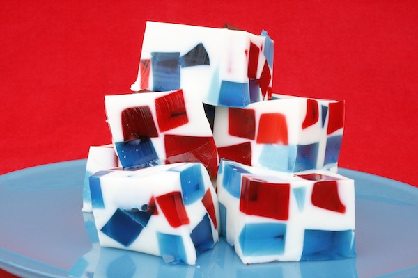 Stained Glass Gelatina Squares For 4th of July!