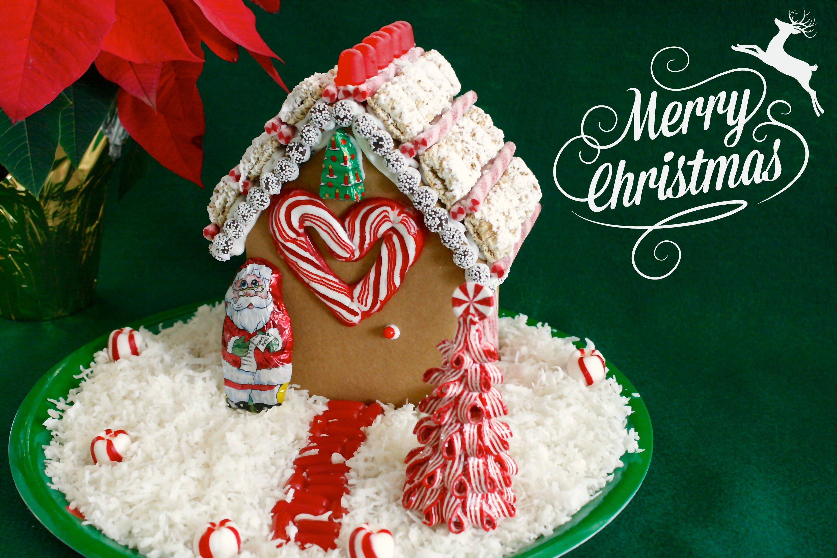 Easy food craft decorating with a gingerbread house for Easy christmas food crafts