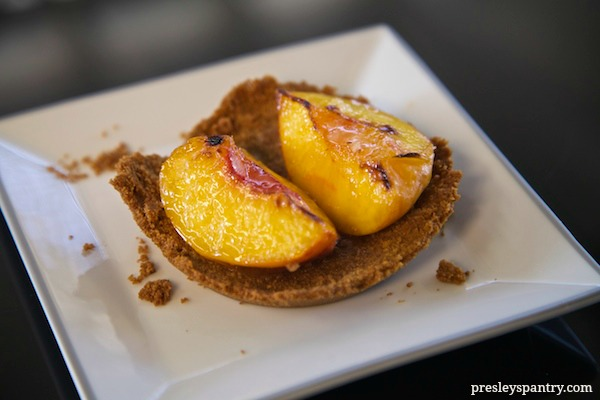 broiled-peaches-in-graham-shell