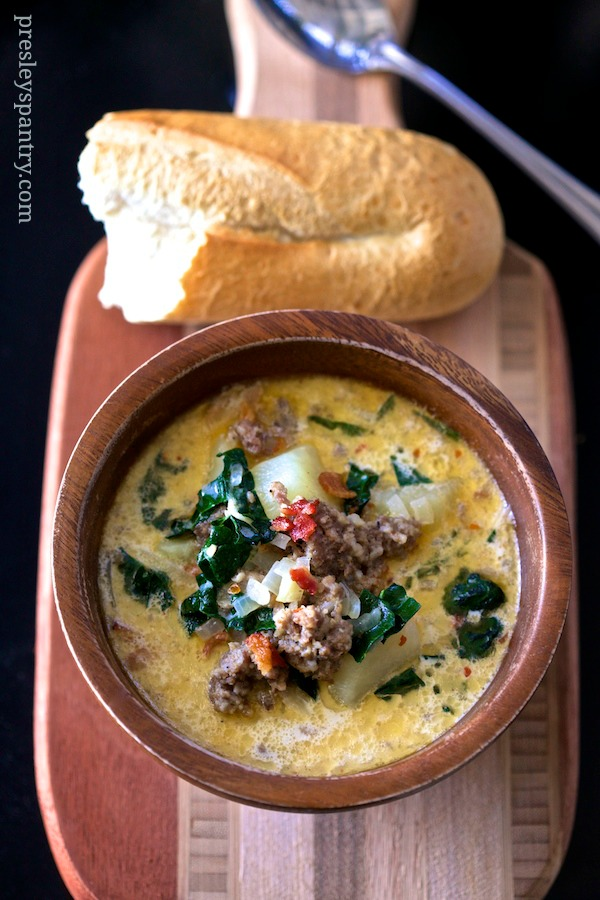 creamy potato sausage soup. This soup is easy to make and the base is made with chicken broth and milk. Ideal for a cold day or a taste of comfort.