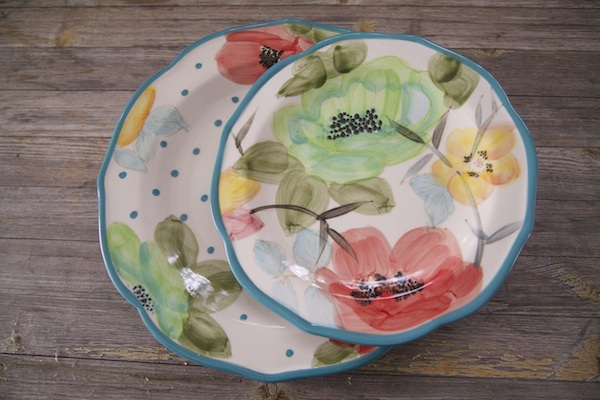 Dishes from the new Pioneer Woman collection at Walmart