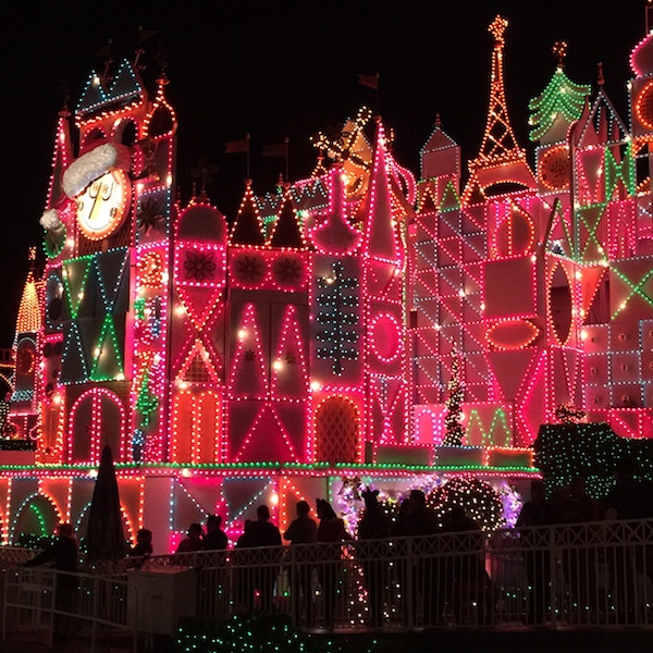 It's a Small World shines bright for Disneyland Holidays 2015