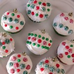 Ornament Cupcakes Make A Great Holiday Centerpiece