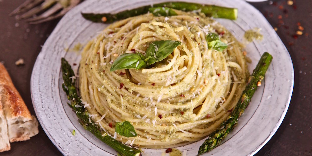 Volcano Basil Asparagus Spaghetti