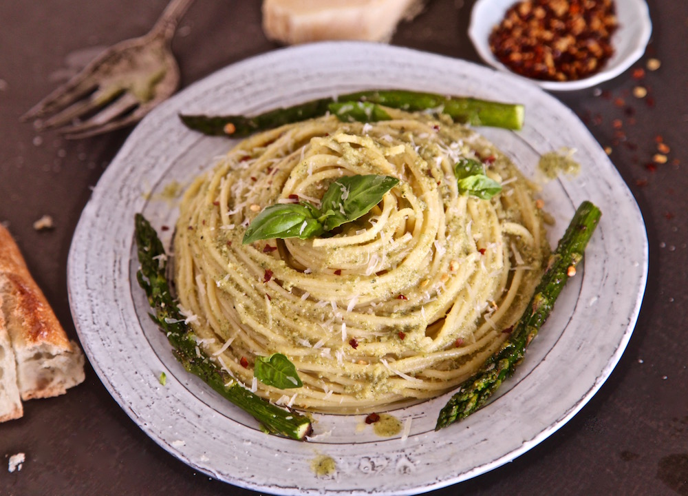This pesto spaghetti is shaped like a volcano and so divine on the palate.