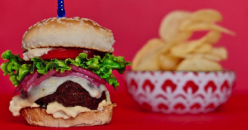Falafel Sliders: Delicious Plant Based Burgers
