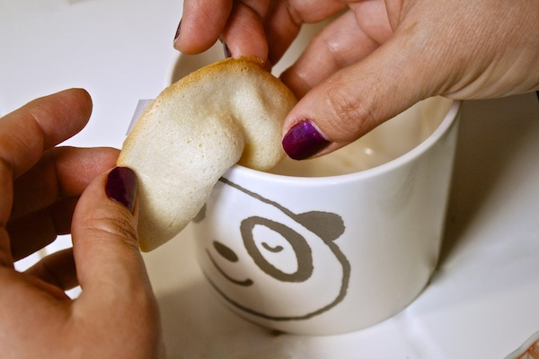 fold-over-the-rim-of-mug