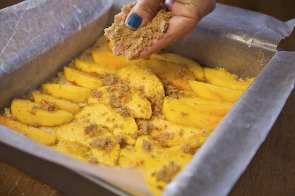 sprinkle brown sugar over peaches