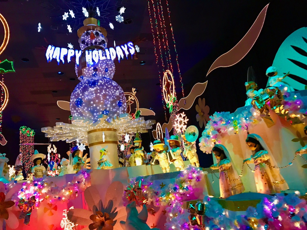 Disneyland Holidays it's a small world 2016