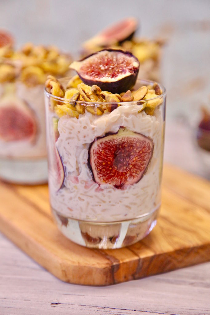 Pistachio Fig Arroz con leche served in a cup