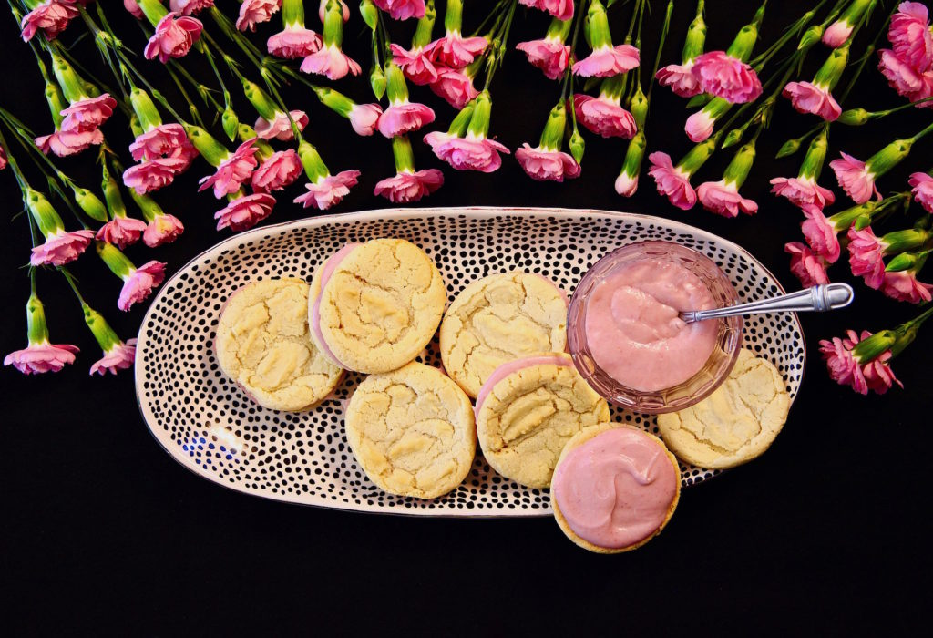 White Chocolate strawberry sandwich cookies are great for spring gatherings!