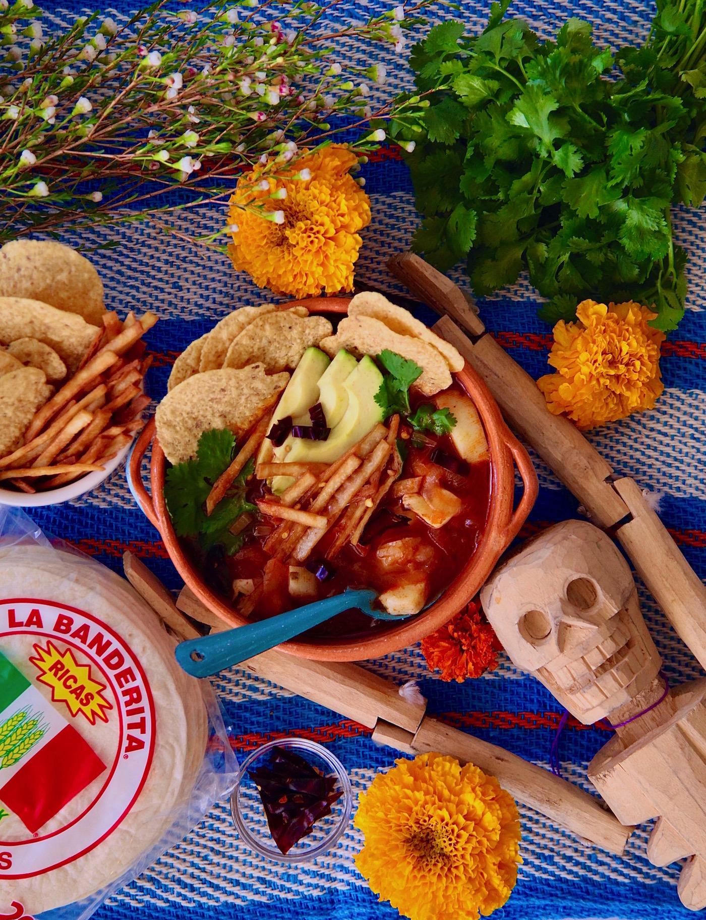 Sopa Azteca De Tortilla