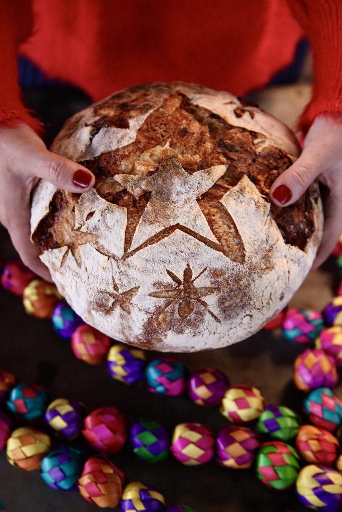 Cheddar-Caramelized-Onion-Sourdough-Loaf