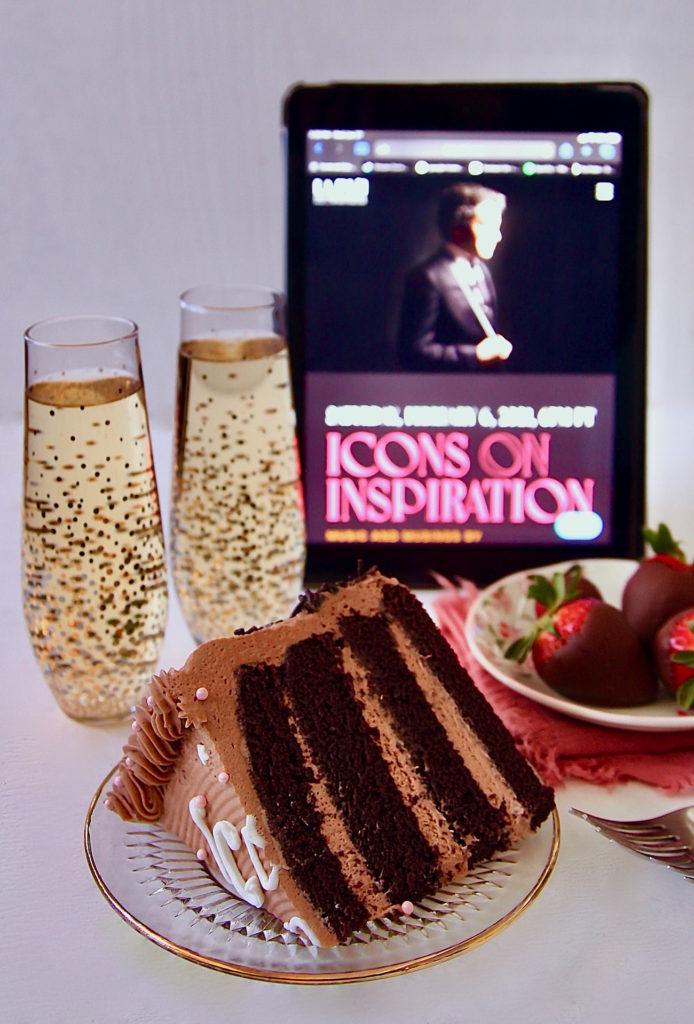 Icons-On-Inspiration-chocolate-cake-slice